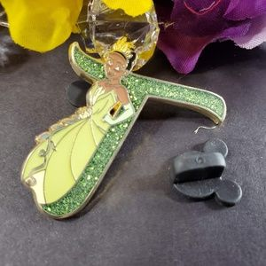 4/$25 Disney T for Tiana Princess Pin